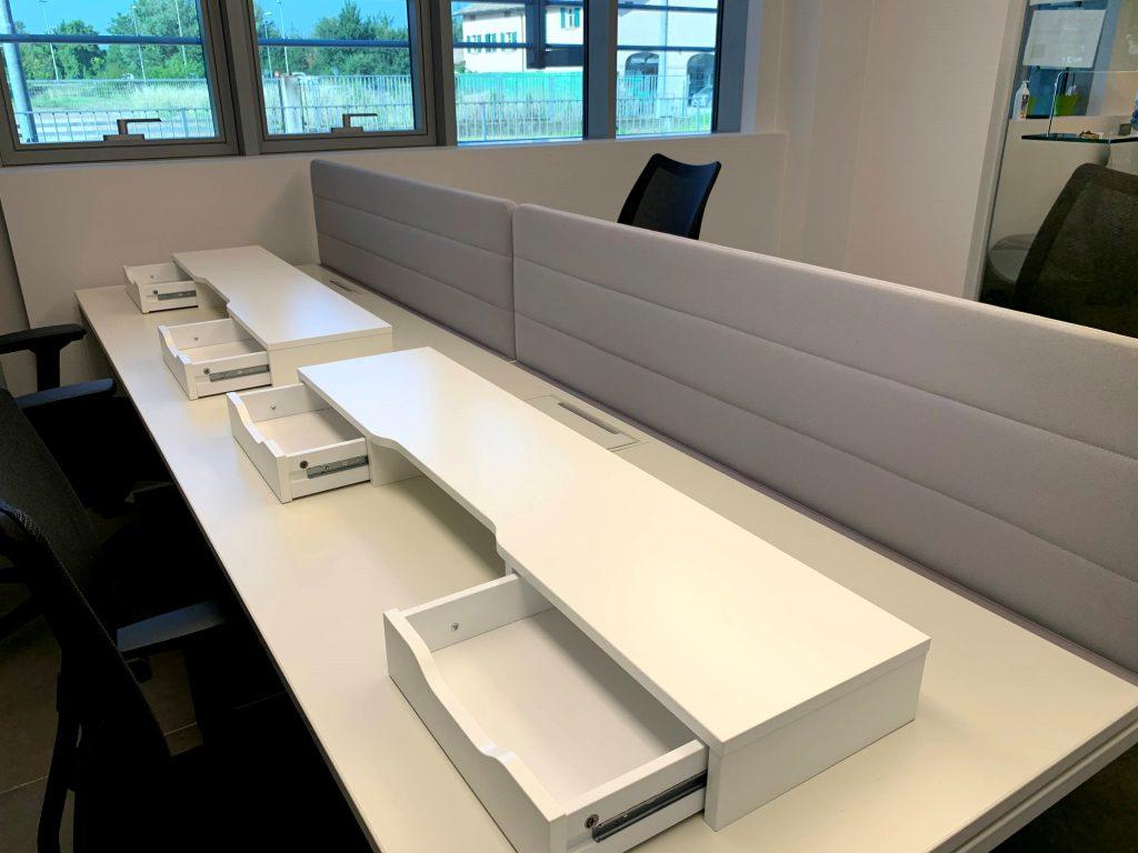 Ufficio posto Covid con pannelli fono assorbenti alti 60